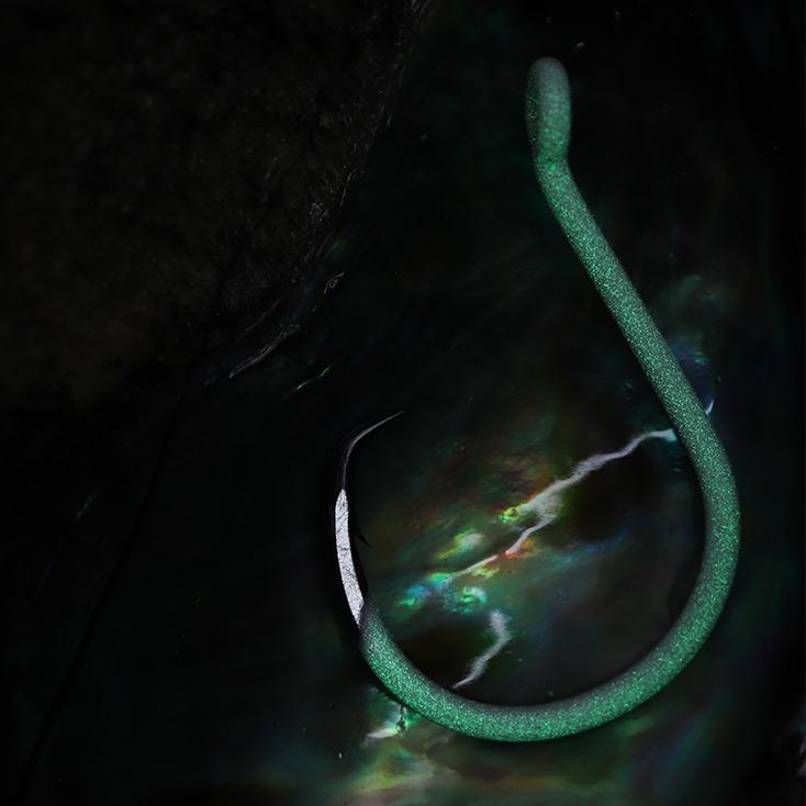 Salt water hook, live and dead bait fishing circle hook, bkk hook