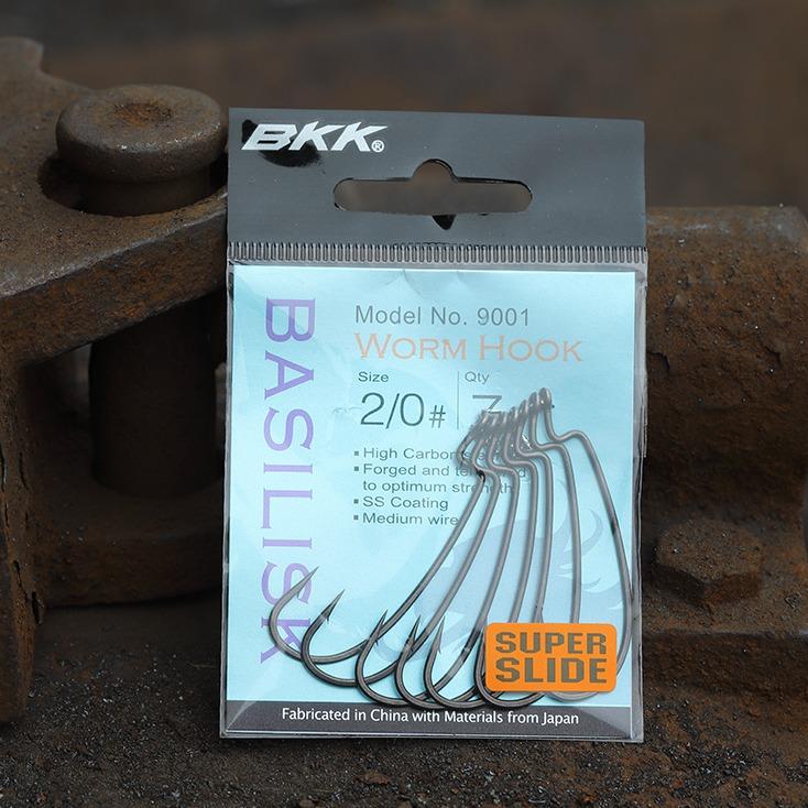 Freshwater worm hook, soft plastic lures hook, rigged weedless-style lure hook, medium size predators hook, zander hook, perch hook, pike hook, bass hook